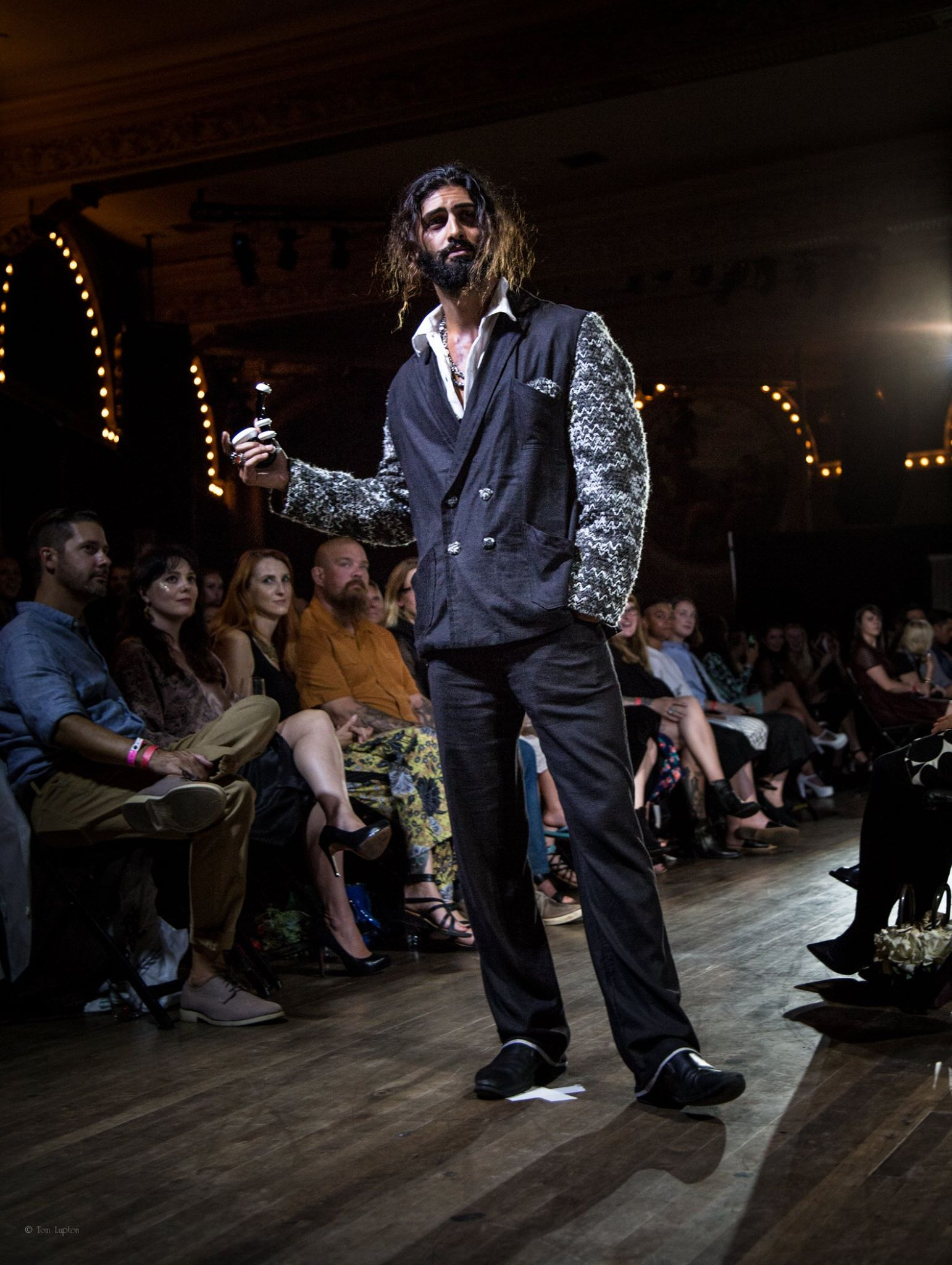 Tom_Lupton_Photography_Fashion_Runway_2.jpg