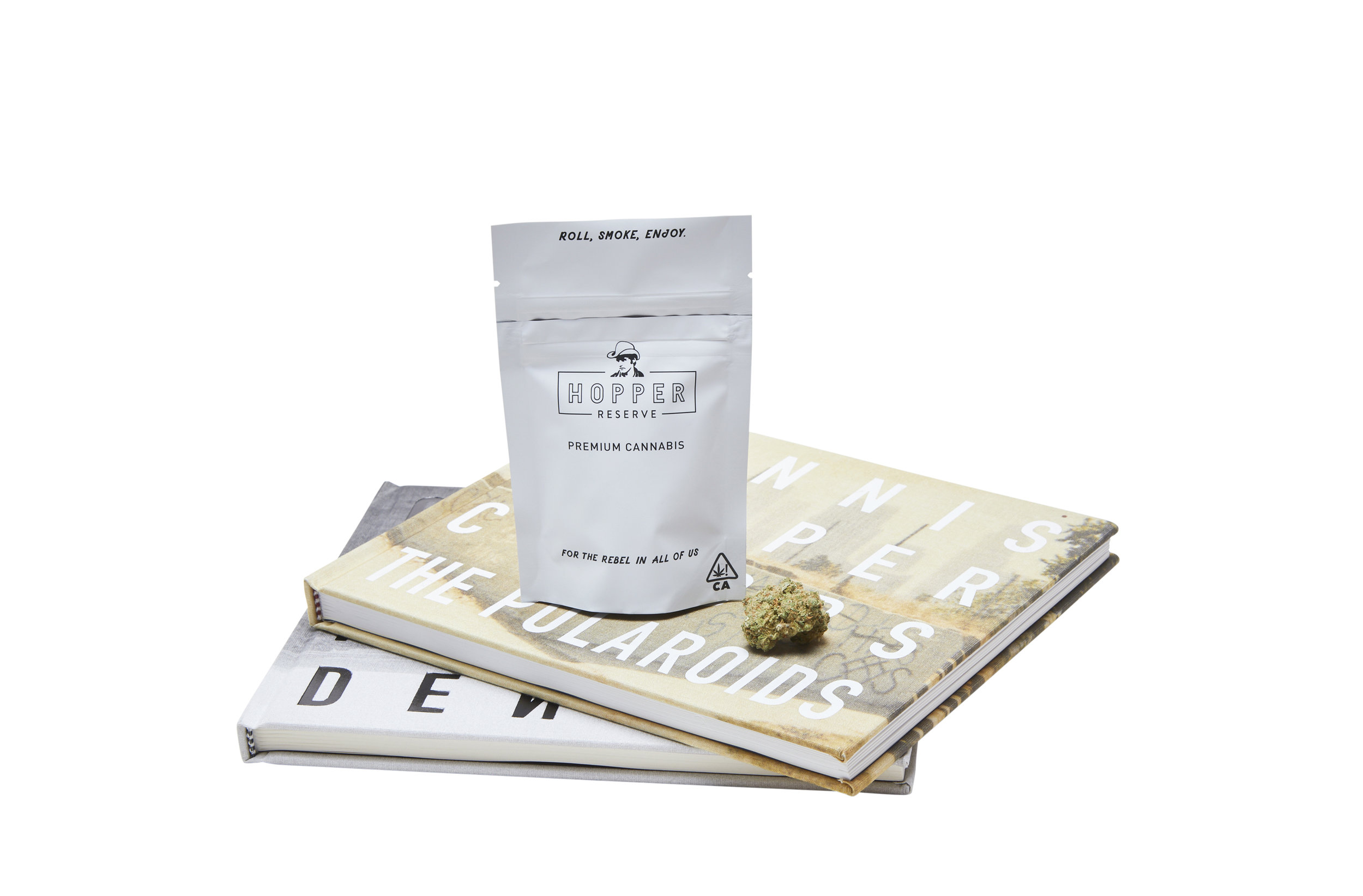 Hybrid Blend : For The Mystic Wanderer - This bag contains:1 Gram of premium flowerPapers for rollingMatches for toking