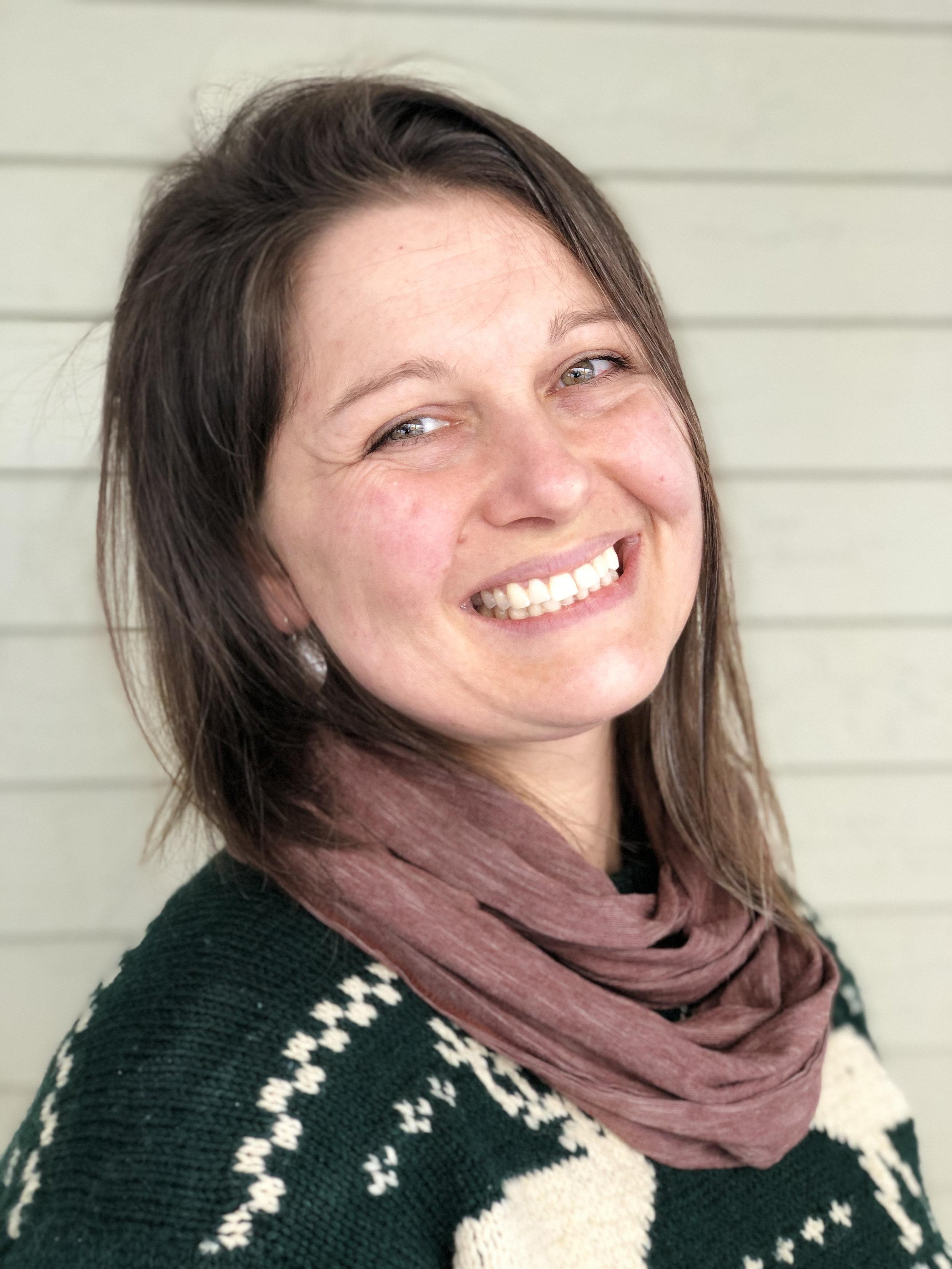Leah Cummings  Yoga Teacher, Massage Therapist