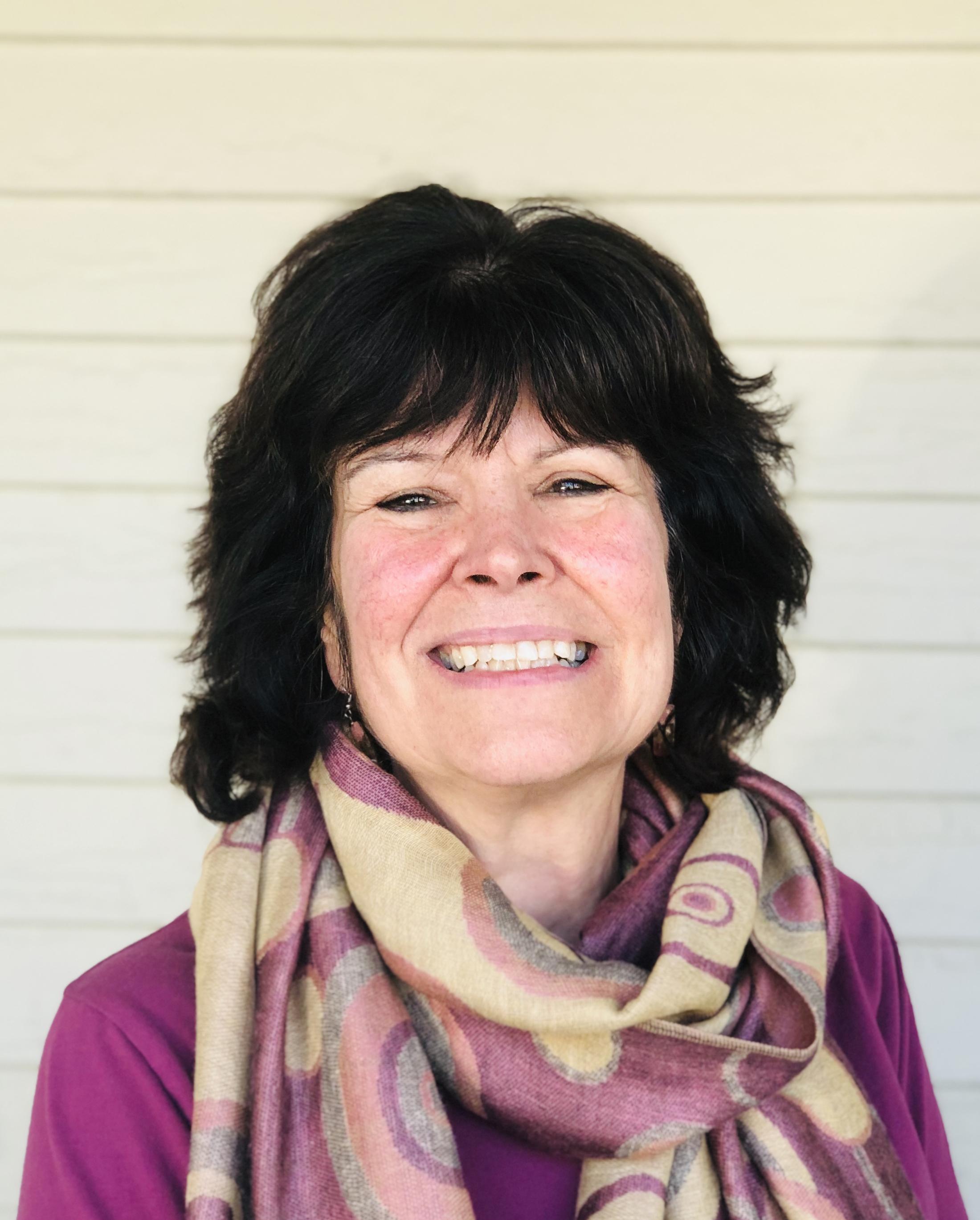Lisa MacLean  Integrative Health & Wellness Educator RN, BS, MEd, Reiki Practitioner