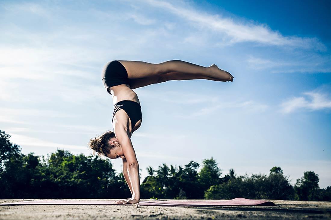 Laruga-Glasser_ashtanga-yoga-alessandro-sigismondi_026.jpg