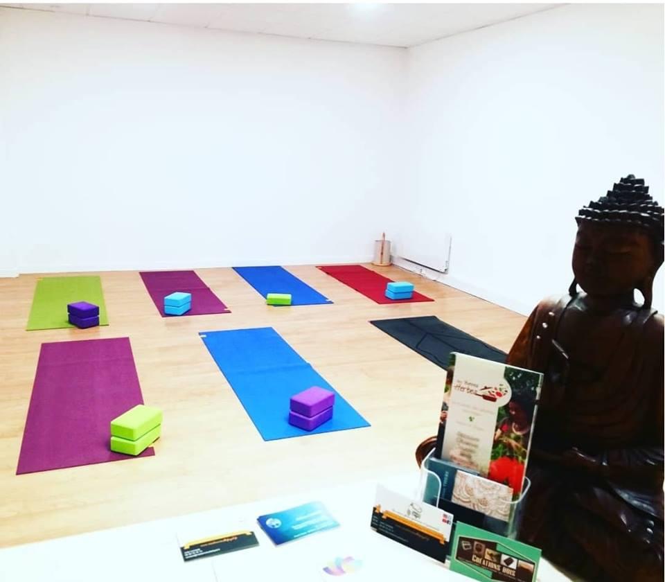 https://mon.yoga/
