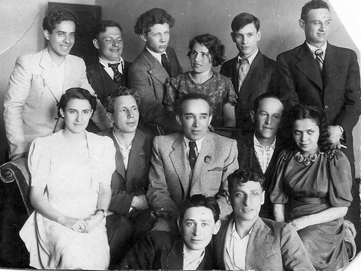 Последний выпуск (1941 год) еврейского курса киевского театрального института