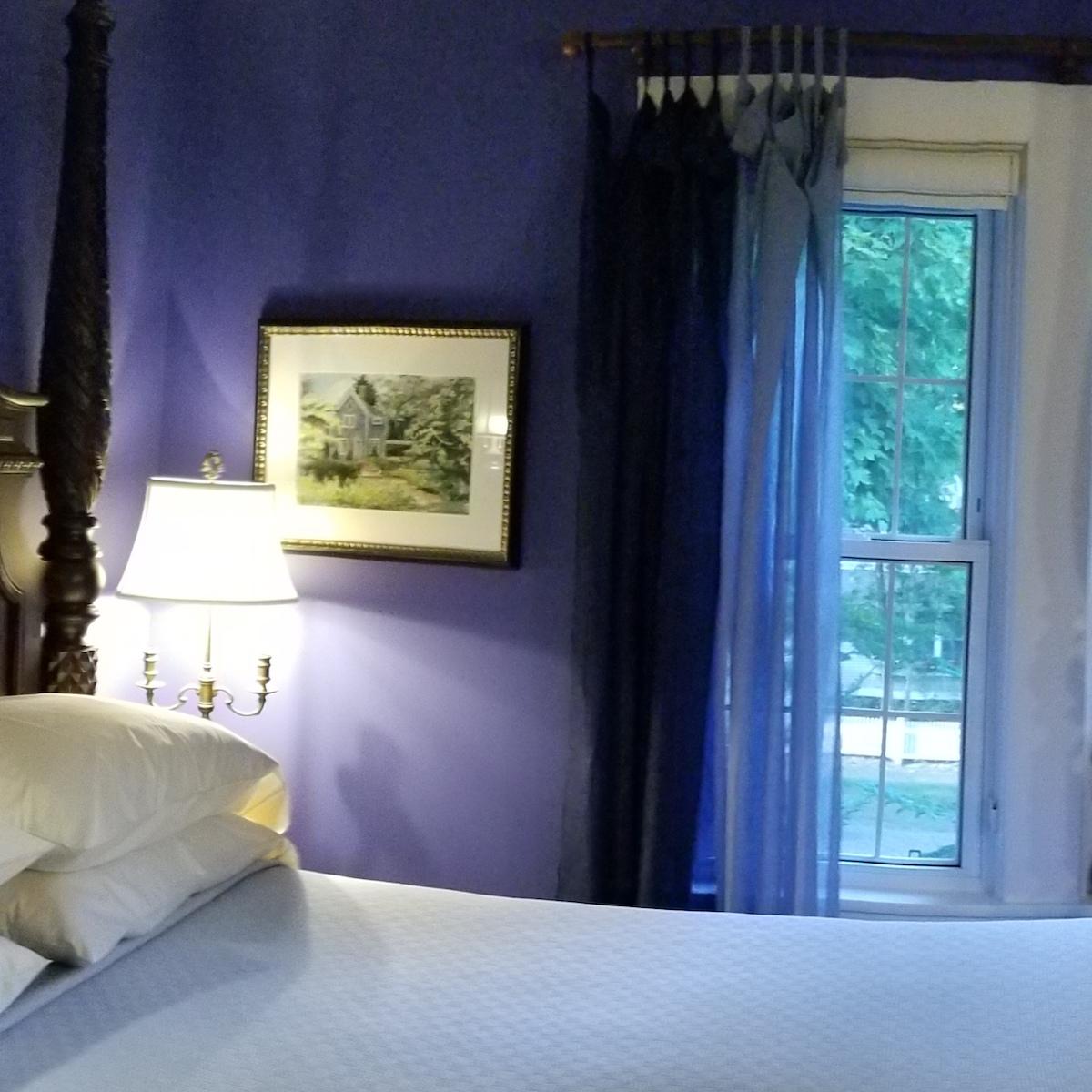 blue_window.jpg