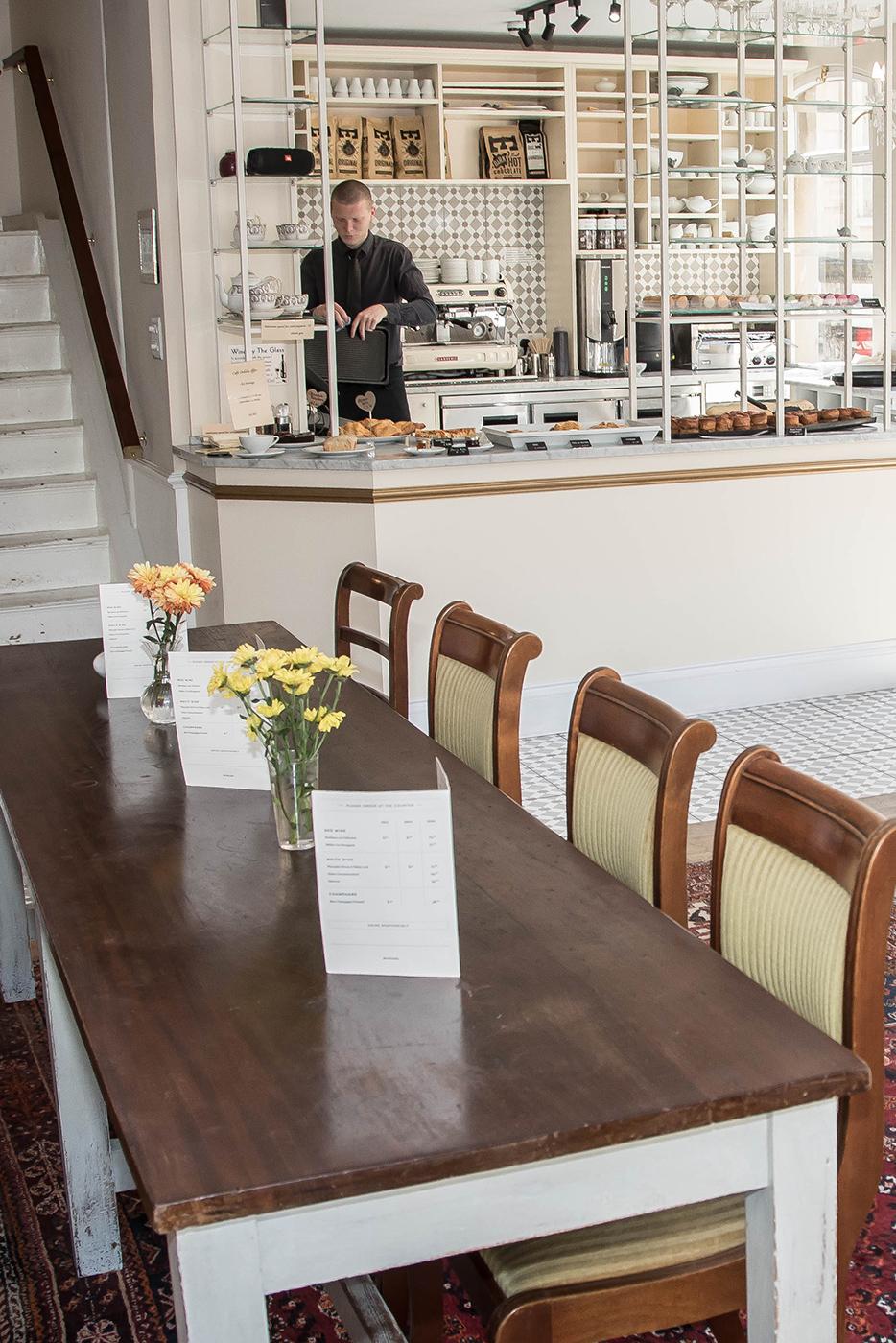 Cafe Oulala Counter