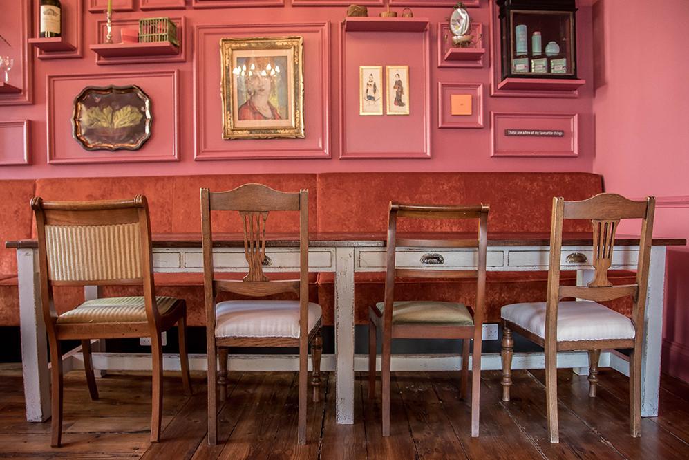 Cafe Oulala Chair Table Burgandy