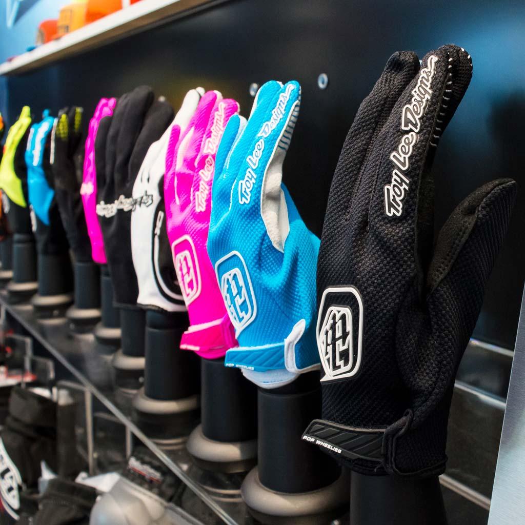 Saddleback Showroom Gloves
