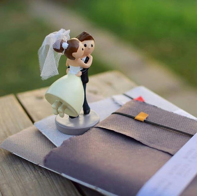 Cupid woz 'ere...again. Well, this is from some moons ago.  #weddingsmalta #weddingfavours #bookstagram #handmadebooks #maltaweddings #literaryweddings #themedwedding #lovemeetsbooks #cupid #iheartbooks #madeinmalta #kotbacalleja #handcraftedtreasures