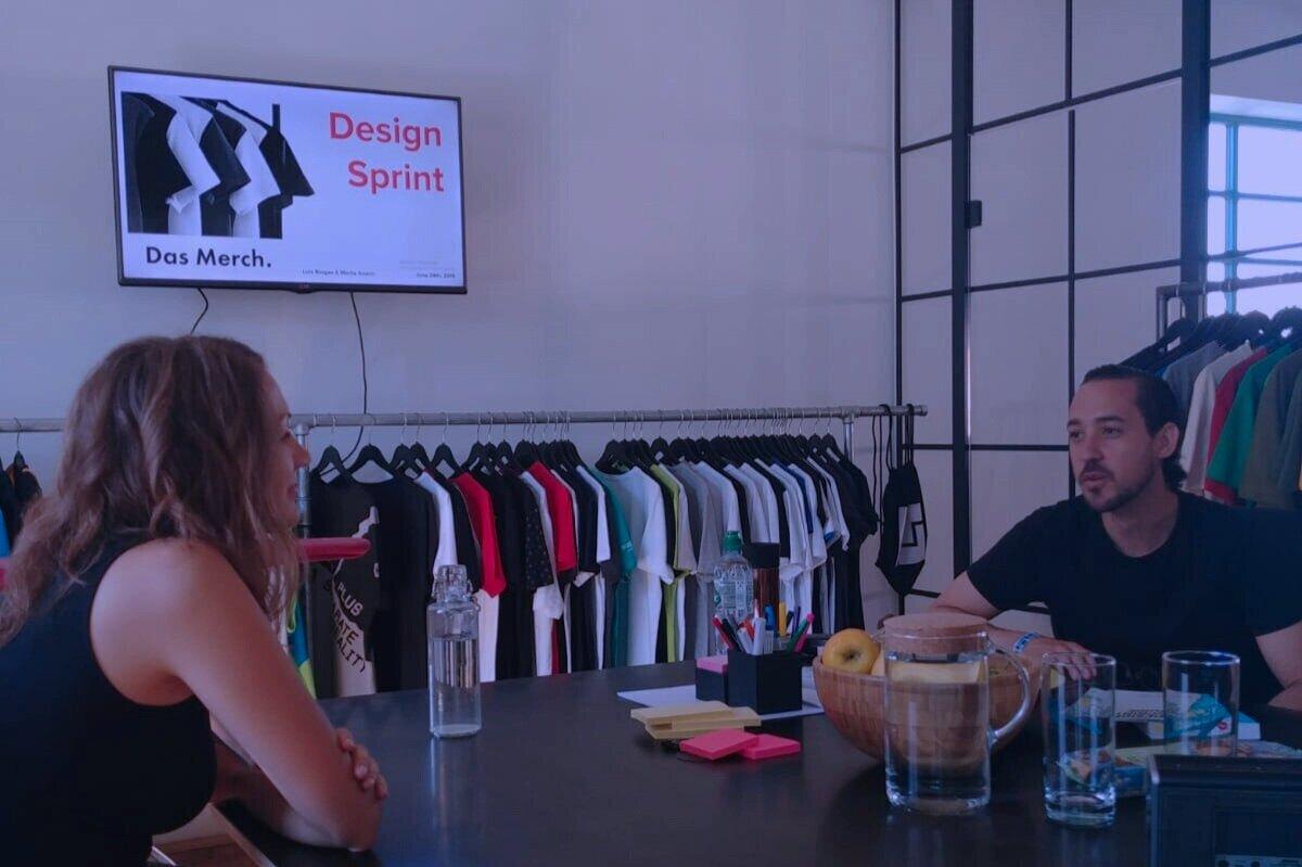 Design Sprintwith Das Merch -