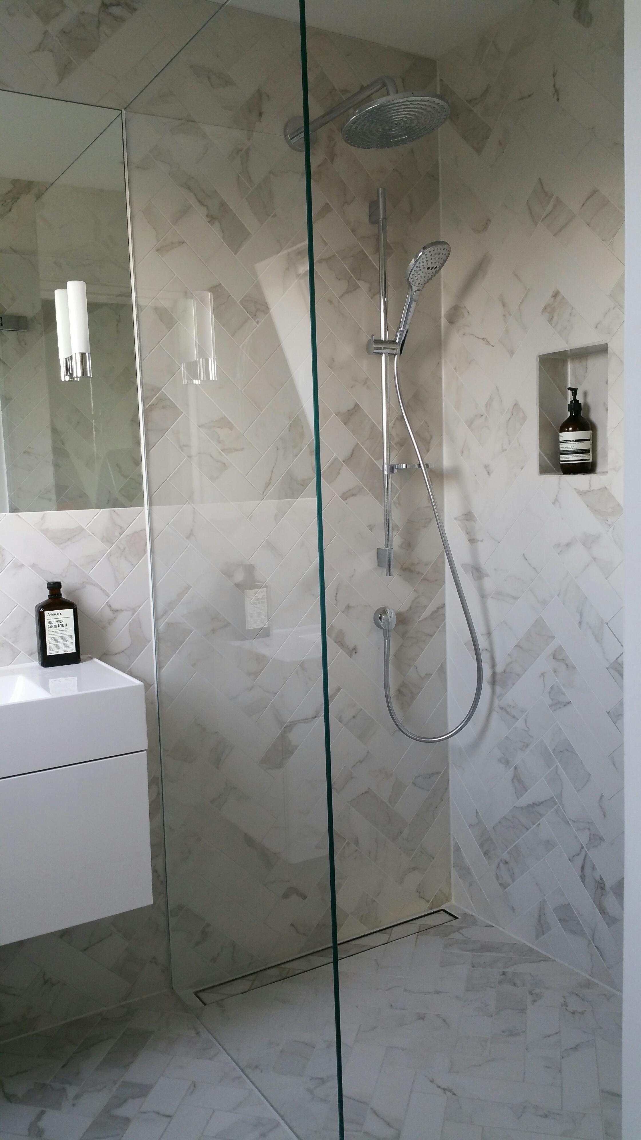 Clapham shower room.jpg