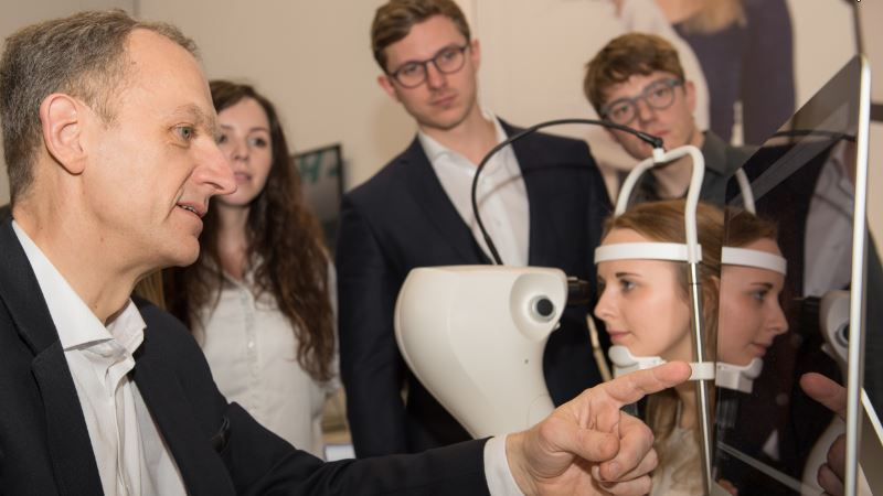 Optometrie Optik Kontaktlinsen Labor Studium Master
