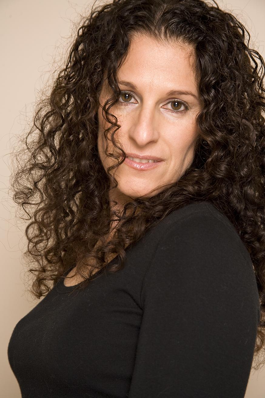 Lisa Di Giacomo - Headshot