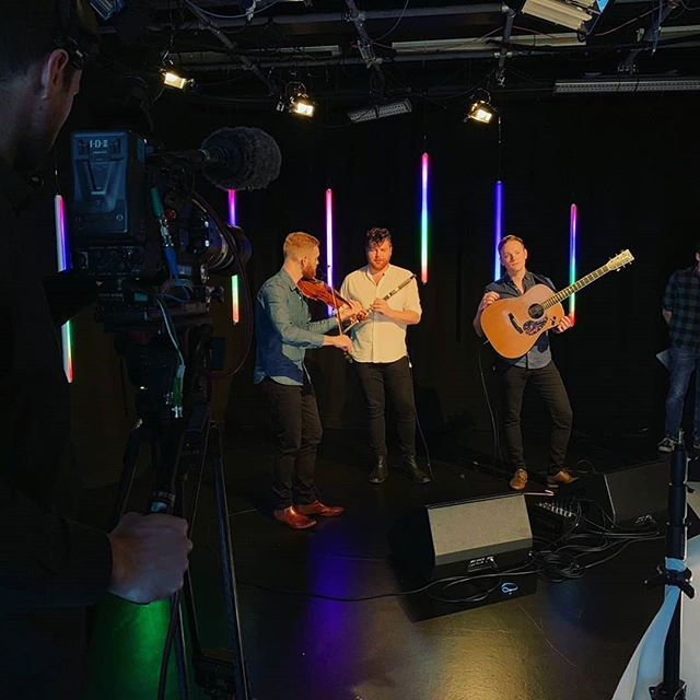 Spent the morning filming with @beesneesmedia for NOCHD. 🎥 Great to be joined by @adambrownmusic_ on guitar! 🎸  #fiddle #flute #guitar #wood #filming #tv #nochd #bbcalba #beesnees #stv #folk #trad #folkmusic #tradmusic