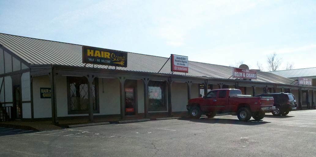 110 N. Royal Oaks Boulevard, Franklin, TN - (Holiday Village)