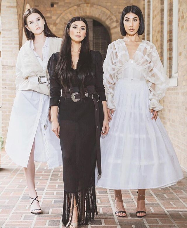 Can we all just take a moment of silence for these gorgeous dresses designed by @ferrahofficial 🙌🏻 I know who I'm going to visit for my wedding dress! 😍 sneak peak of this episode coming soon! 🎙 . @lelachristiana
