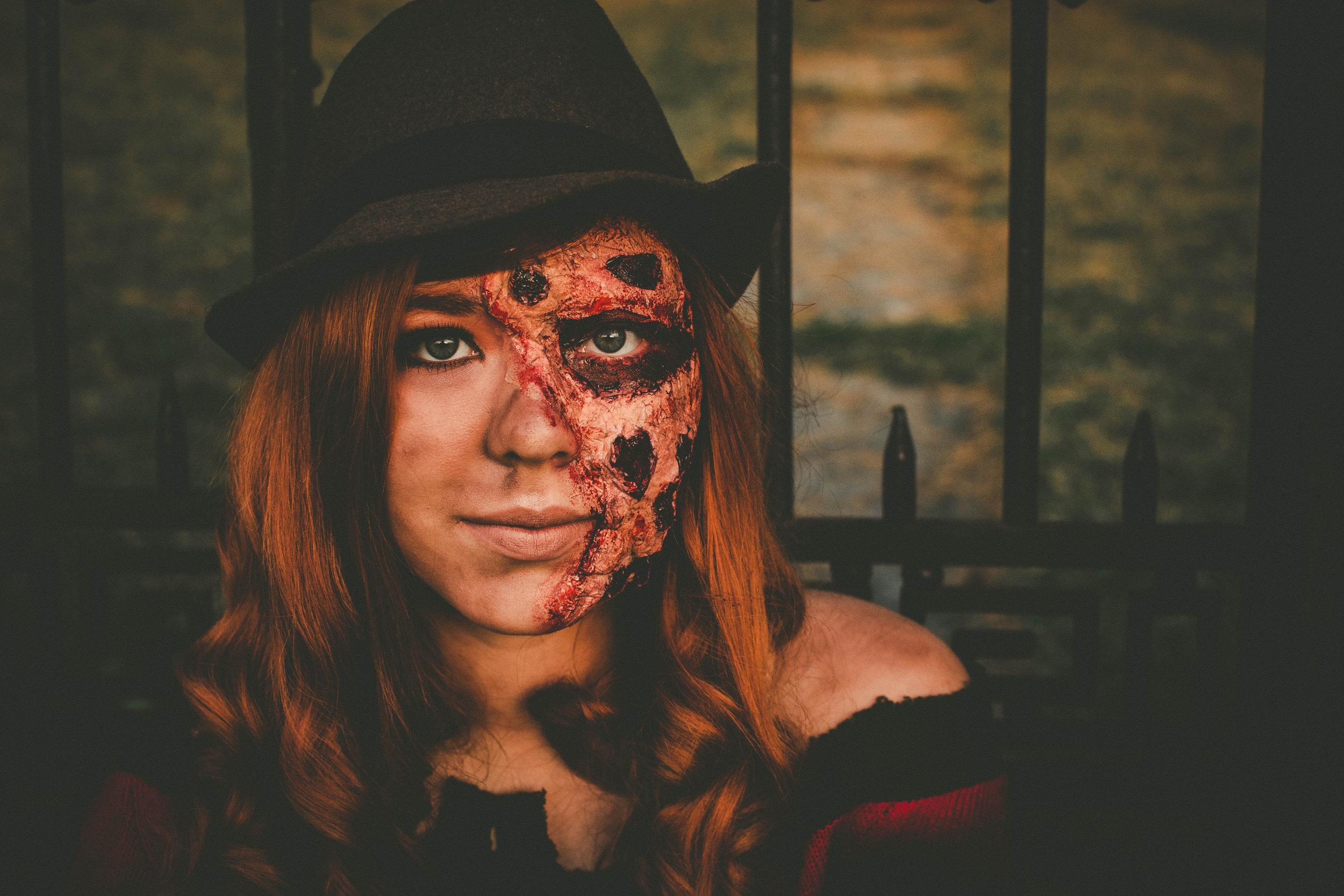 Stephanie Jones - StephanieJones-CaitlynBrooking-012.jpg