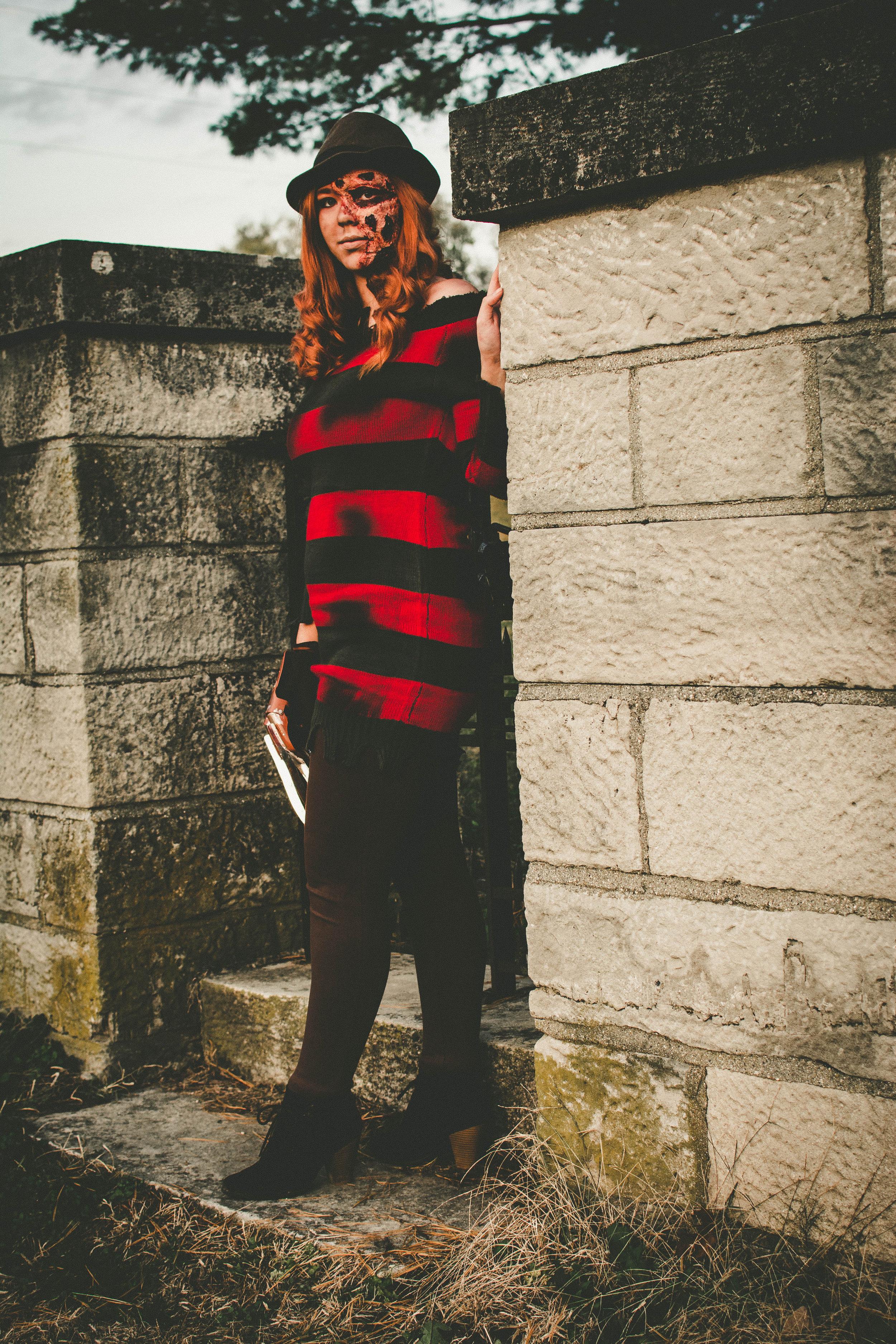 Stephanie Jones - StephanieJones-CaitlynBrooking-013.jpg