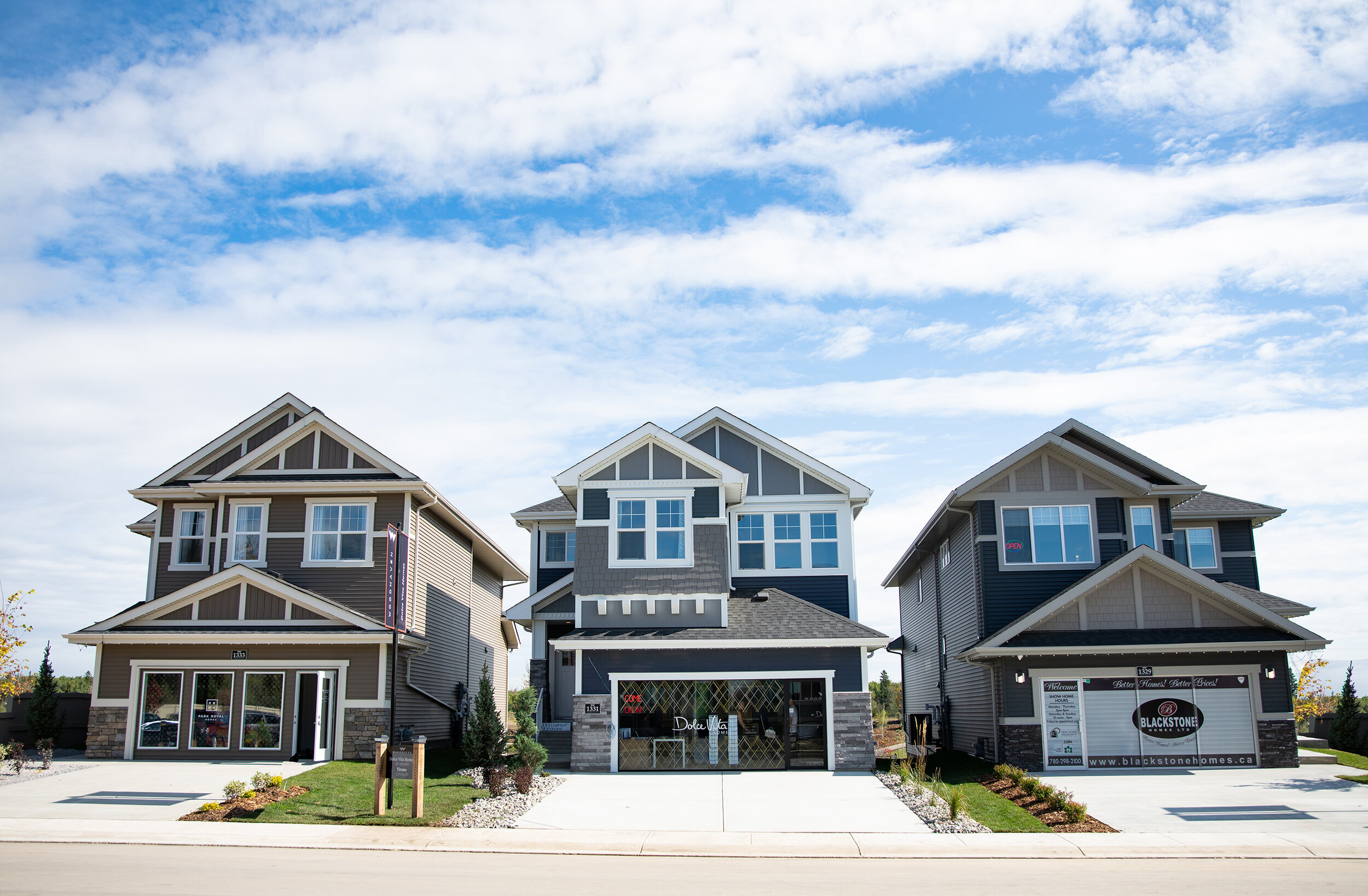 Award Winning Builders - Our builder group consists of four award-winning builders who are bringing three different product types to this beautiful ravine community in Edmonton's west end.Front Attached Garage Single Family HomesRear Lane Single Family HomesFront Attached Garage Duplex HomesLearn more ➝