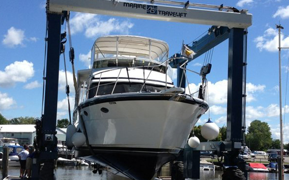 SHIPYARD - Home to more than 500 boats and open seven days a week, we offer over 500 slips, a 50-ton travel lift, and two boat launches.
