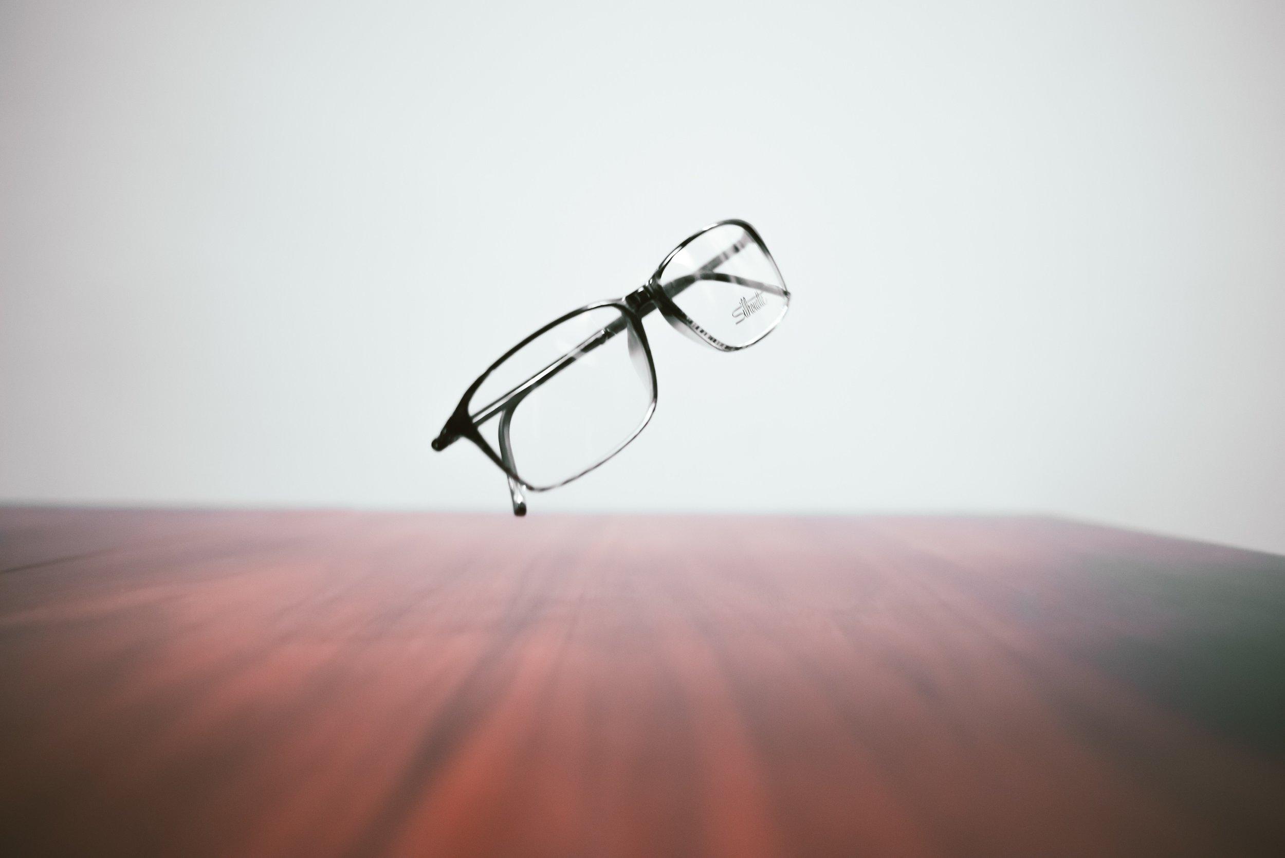 glassessss.jpeg