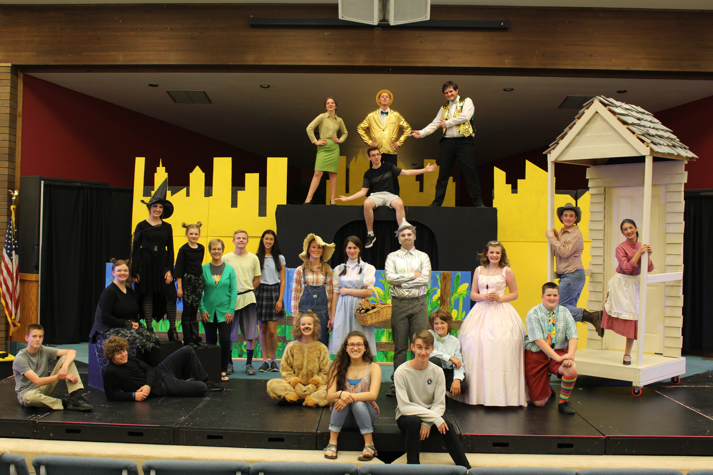 2019 cast and crew of  The Wonderful Wizard of Oz
