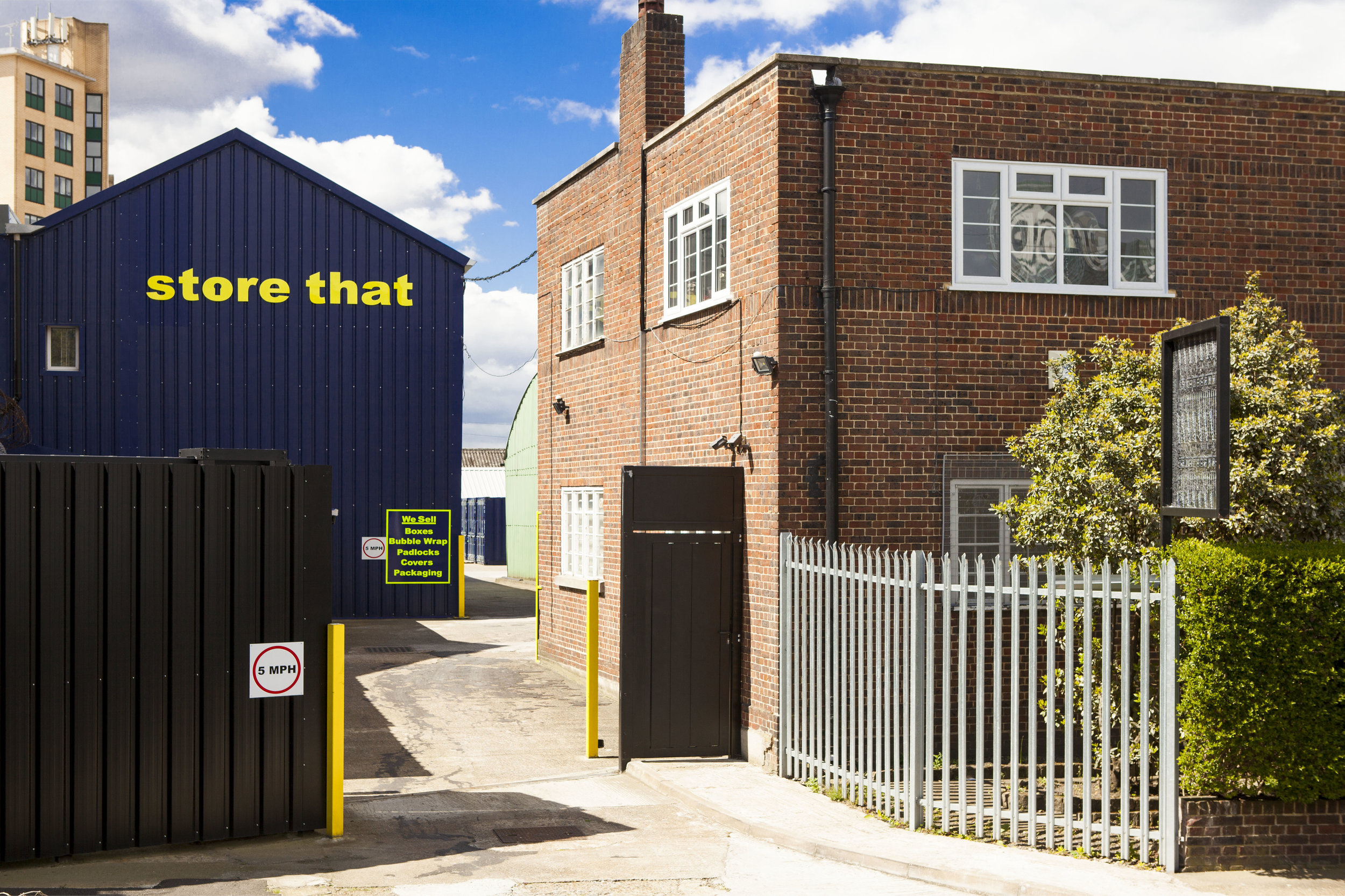 Self Storage Units Near Canary Wharf London 4.jpg