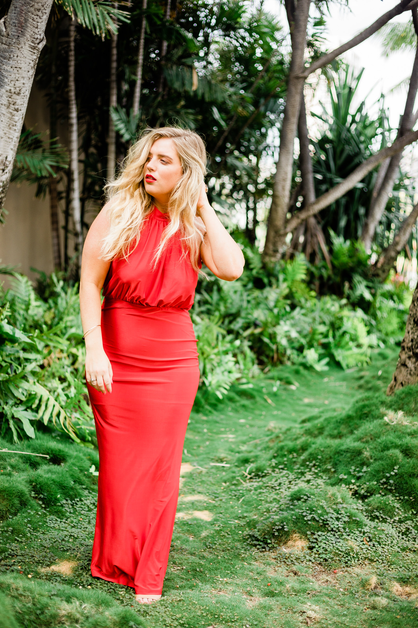 travel-blogger-fashion-honolulu-royal-hawaiian-hotel-5.jpg