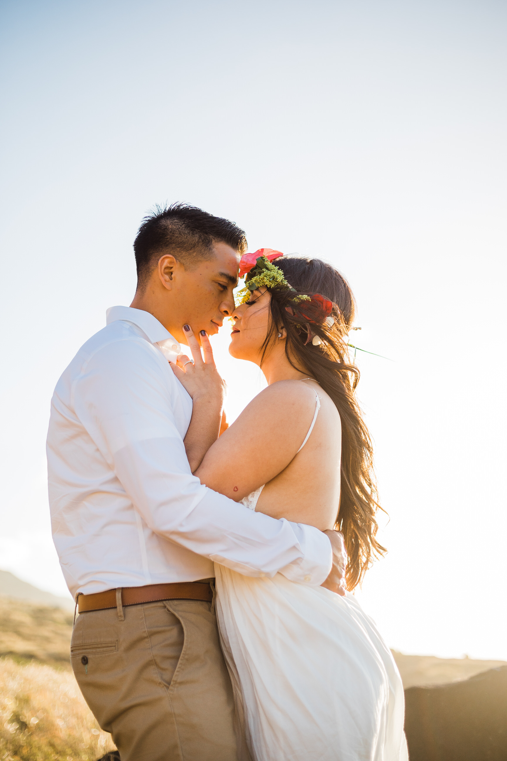 intimate-elopement-sunset-oahu-haku-6.jpg