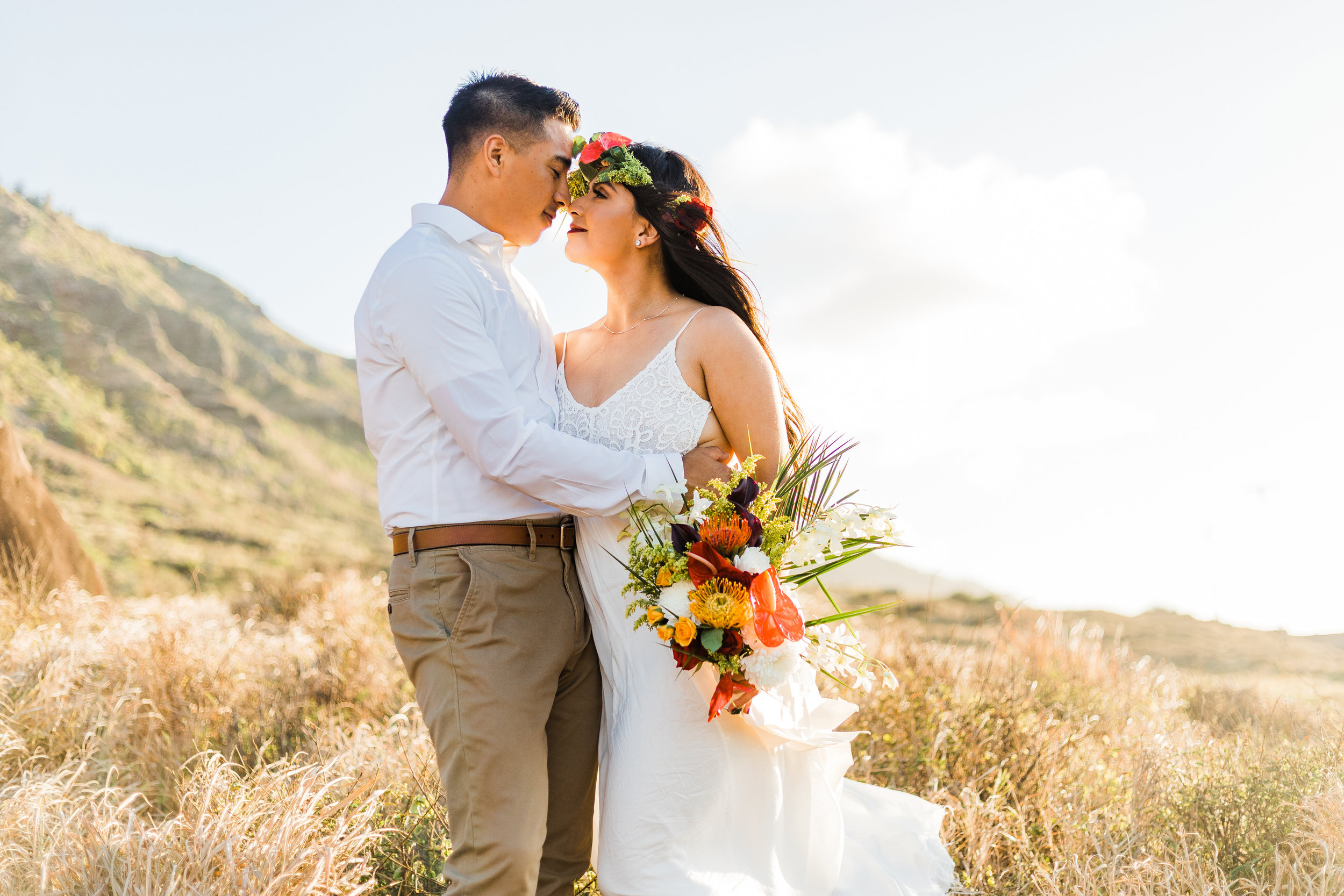 intimate-elopement-sunset-oahu-haku-7.jpg