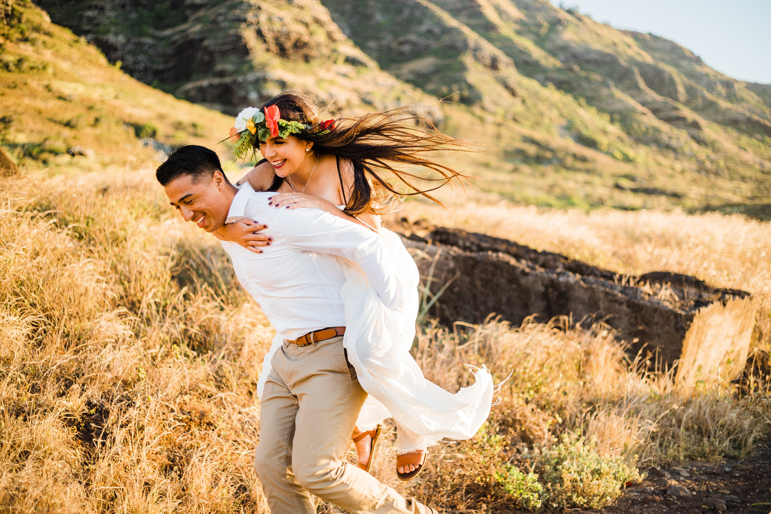intimate-elopement-sunset-oahu-haku-12.jpg