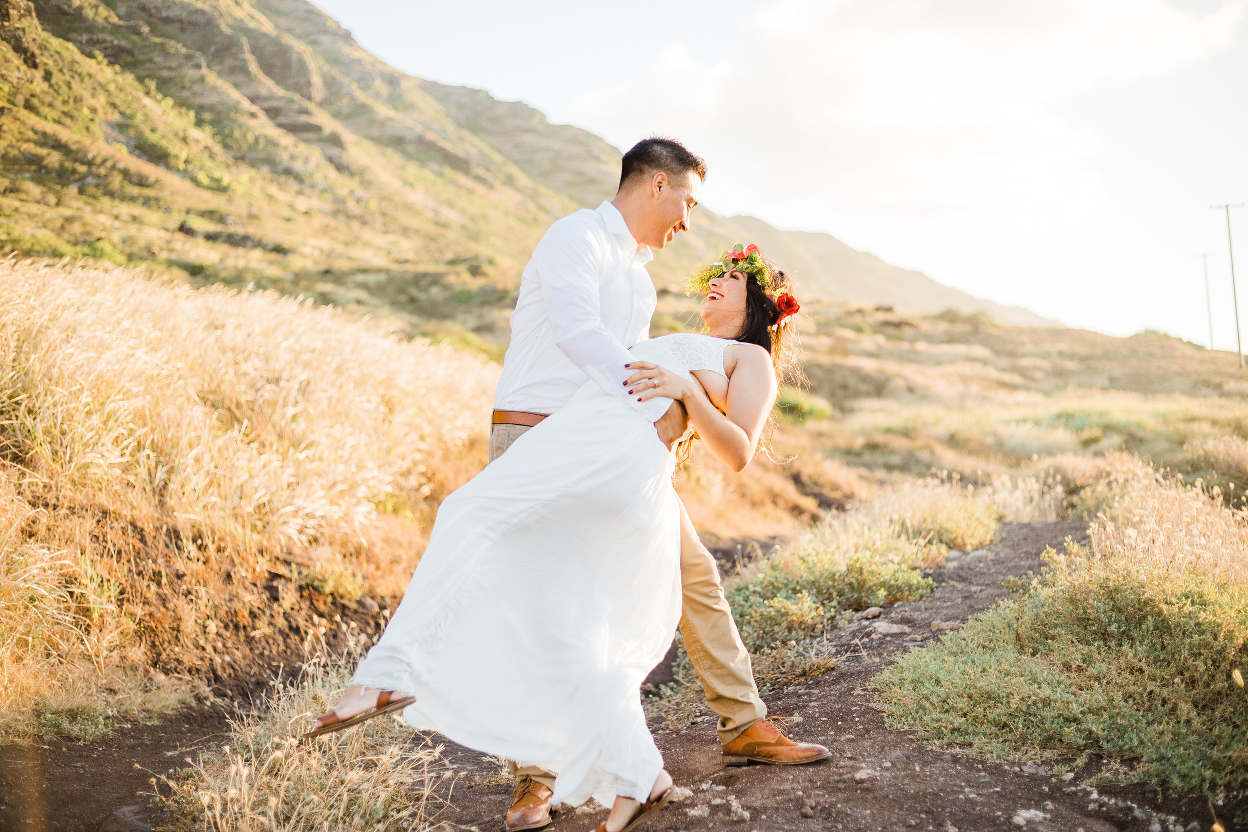 intimate-elopement-sunset-oahu-haku-13.jpg