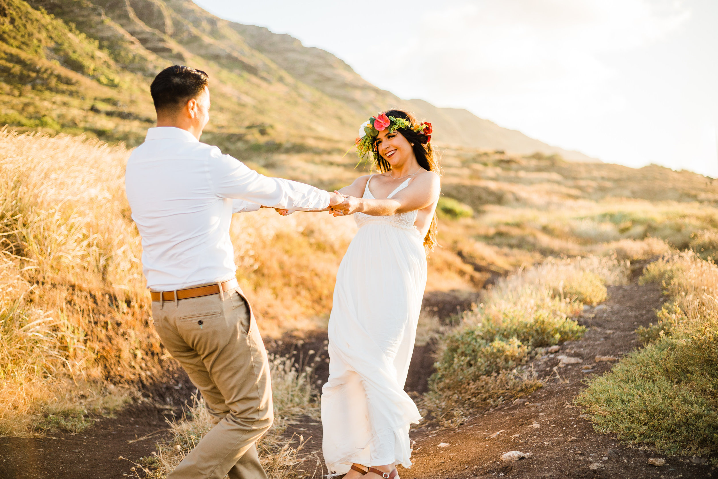 intimate-elopement-sunset-oahu-haku-15.jpg
