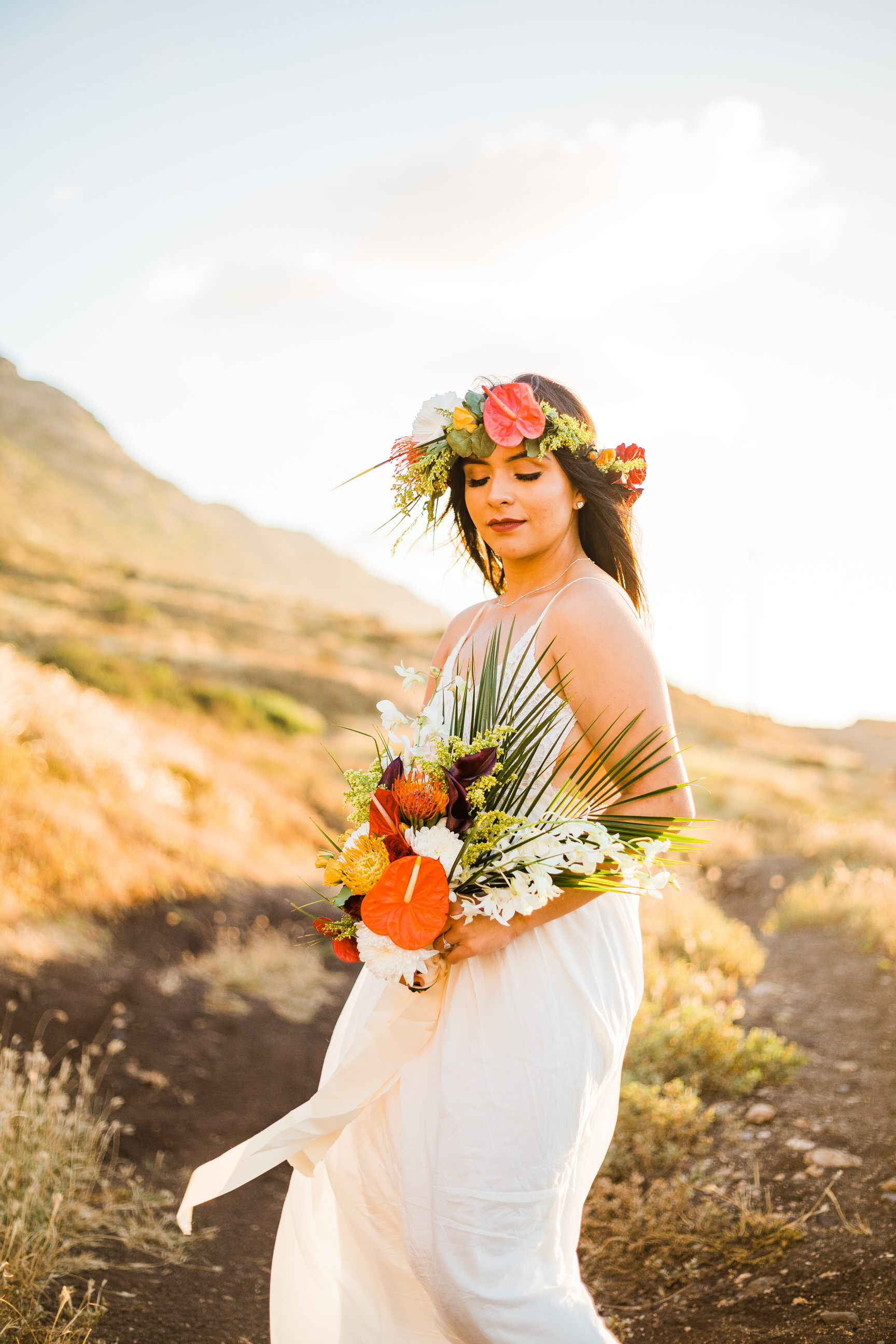 intimate-elopement-sunset-oahu-haku-17.jpg