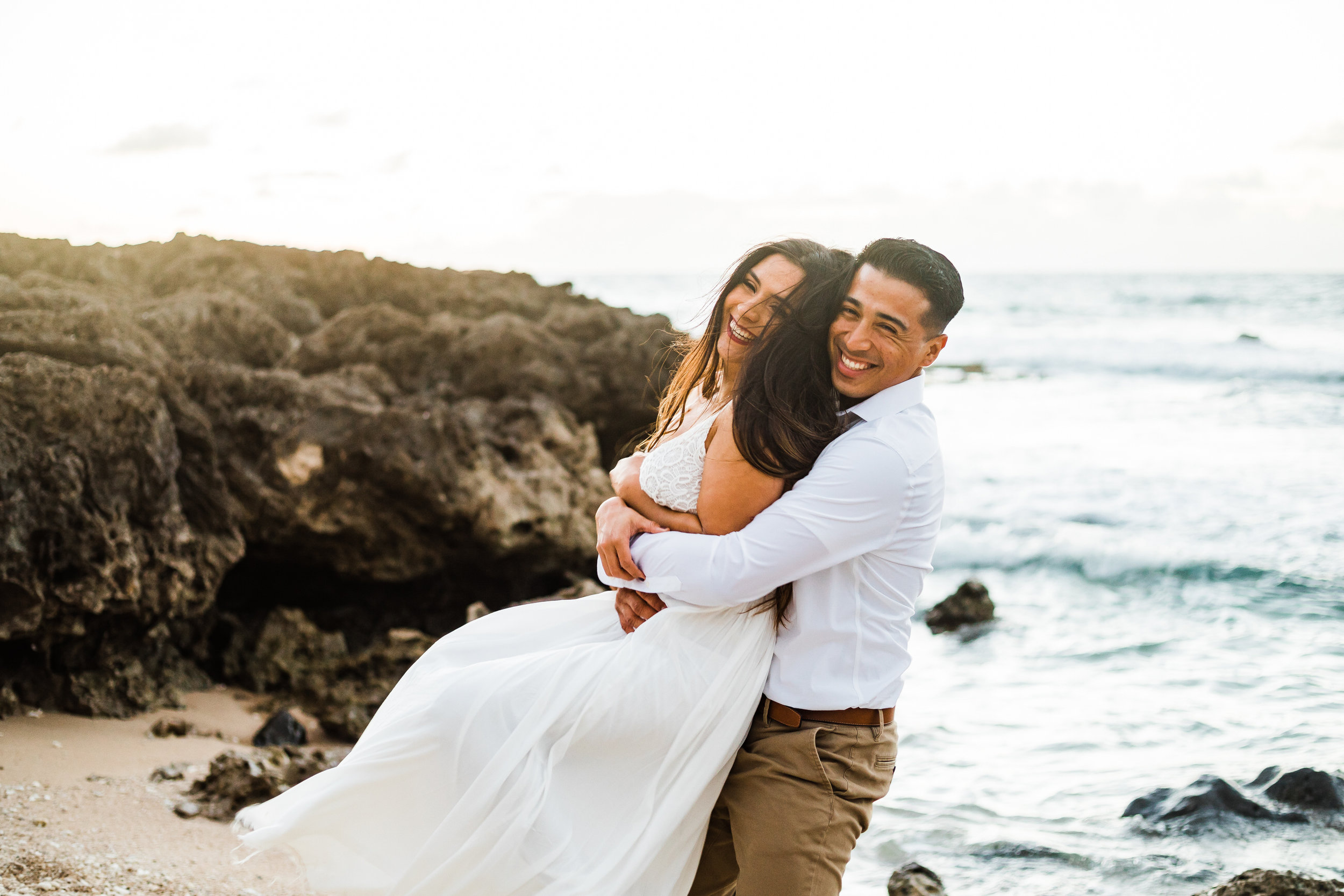 intimate-elopement-sunset-oahu-haku-20.jpg
