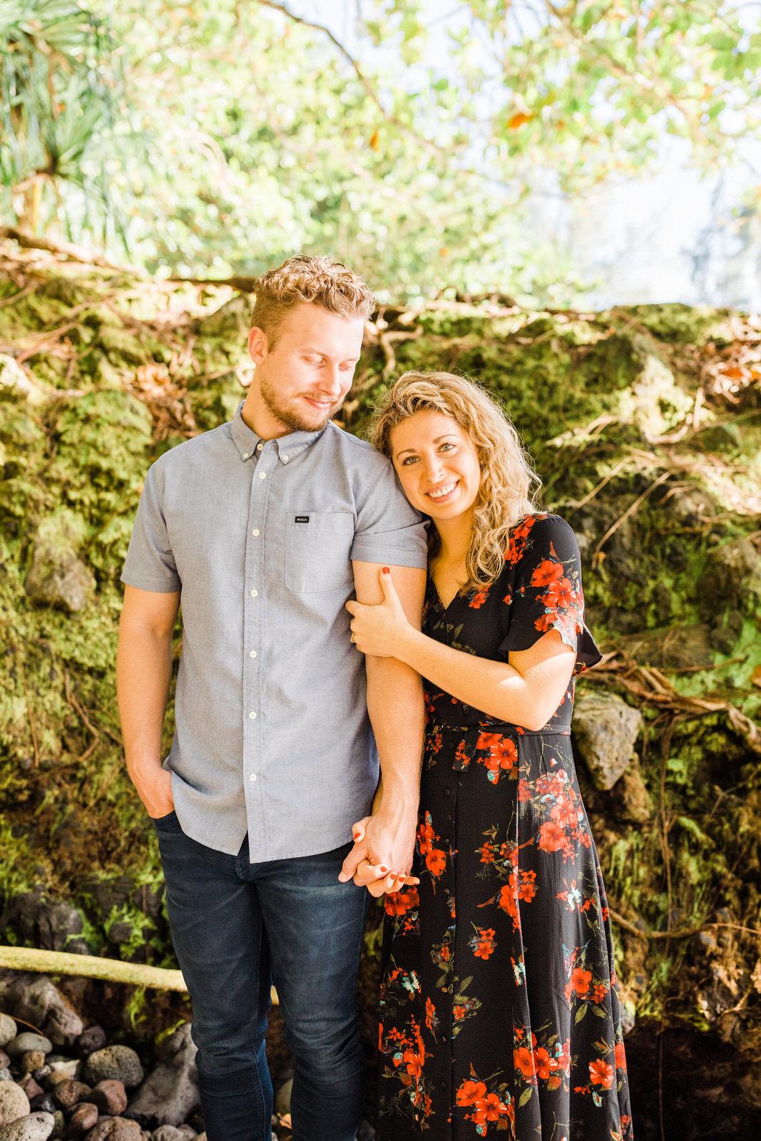 engagements-hilo-happy-couple-big-island-hawaii-20.jpg