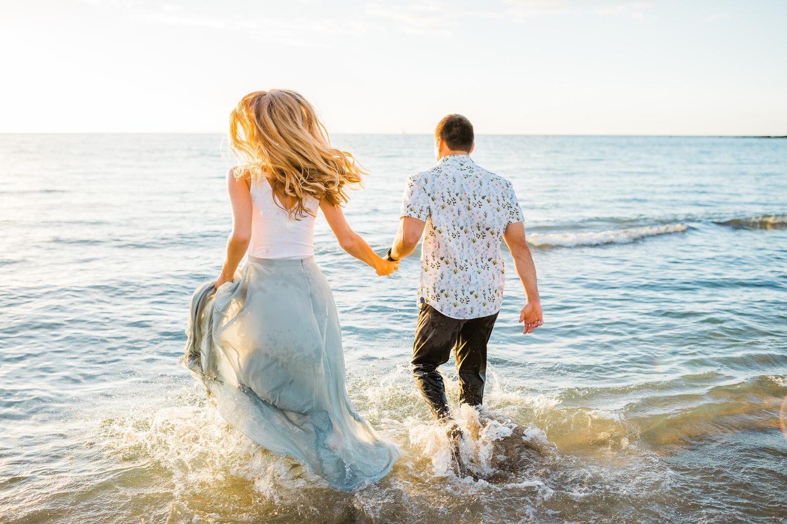 sunset-adventurous-couple-water-session-hilton-hawaii-10.jpg