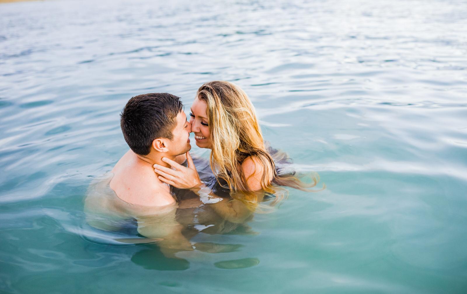 sunset-adventurous-couple-water-session-hilton-hawaii-13.jpg
