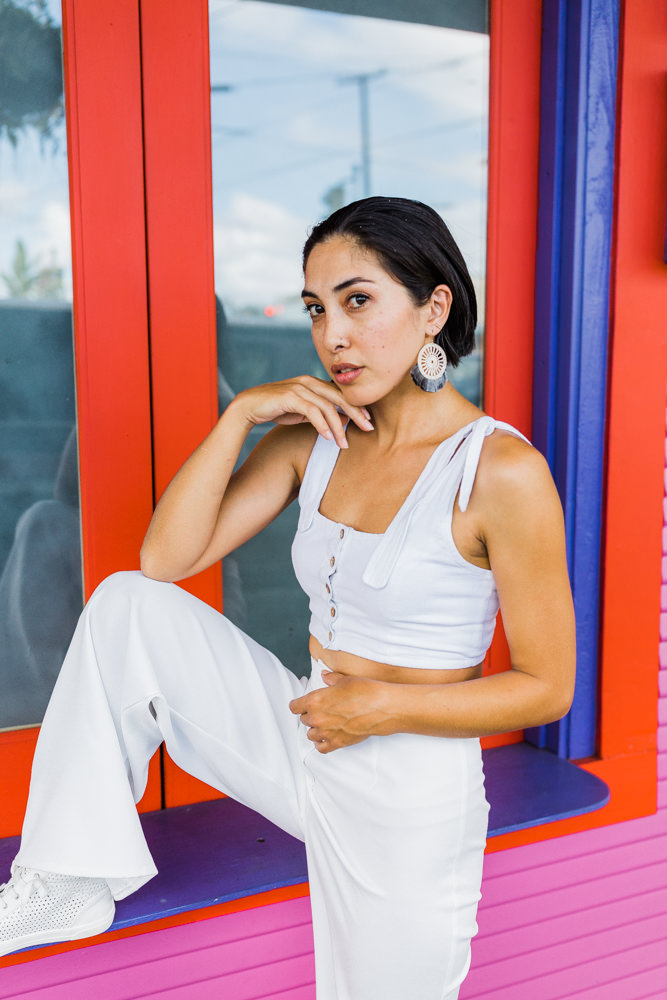 Veronica-colorful-hilo-downtown-portrait-shoot-4684.jpg