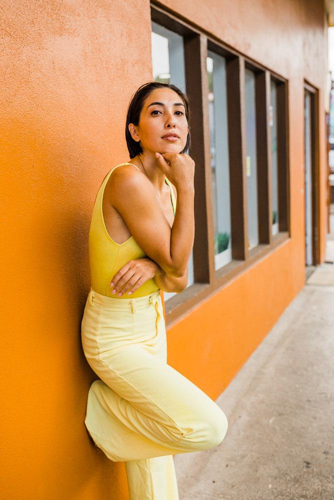 Downtown-portrait-Veronica-colorful-hilo-shoot-5043.jpg