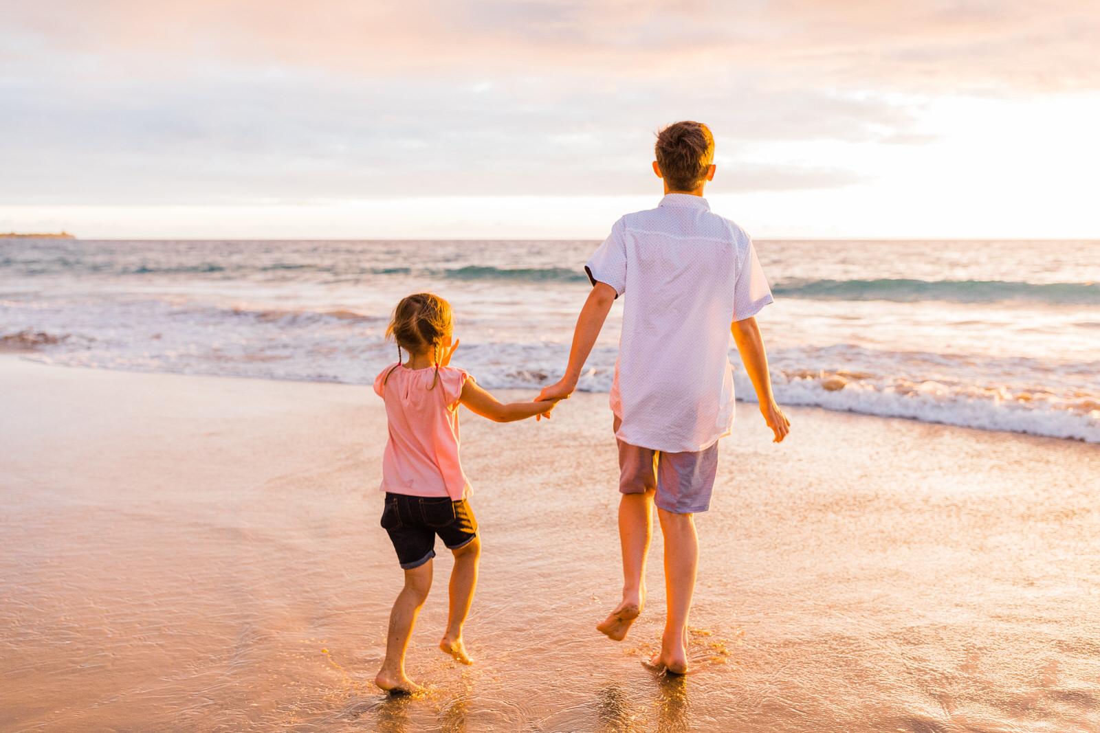 big-island-family-photographer-hapuna-beach-sunset-7617.jpg