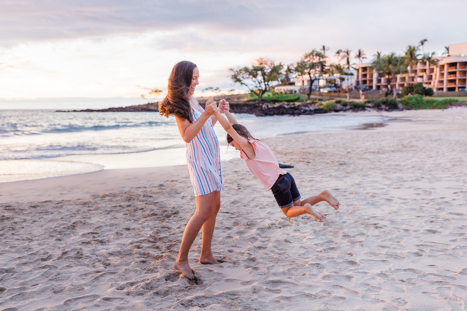 big-island-family-photographer-hapuna-beach-sunset-7733.jpg