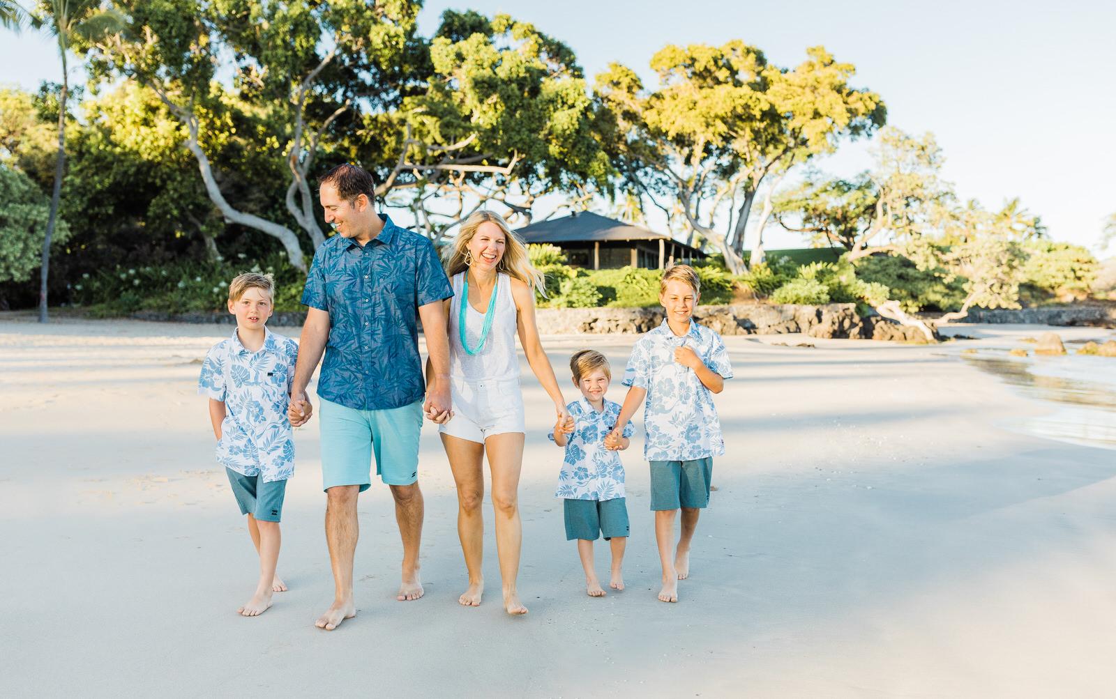 big-island-photographer-family-session-mauna-kea-resort-summer-waikoloa-sunrise-3607.jpg