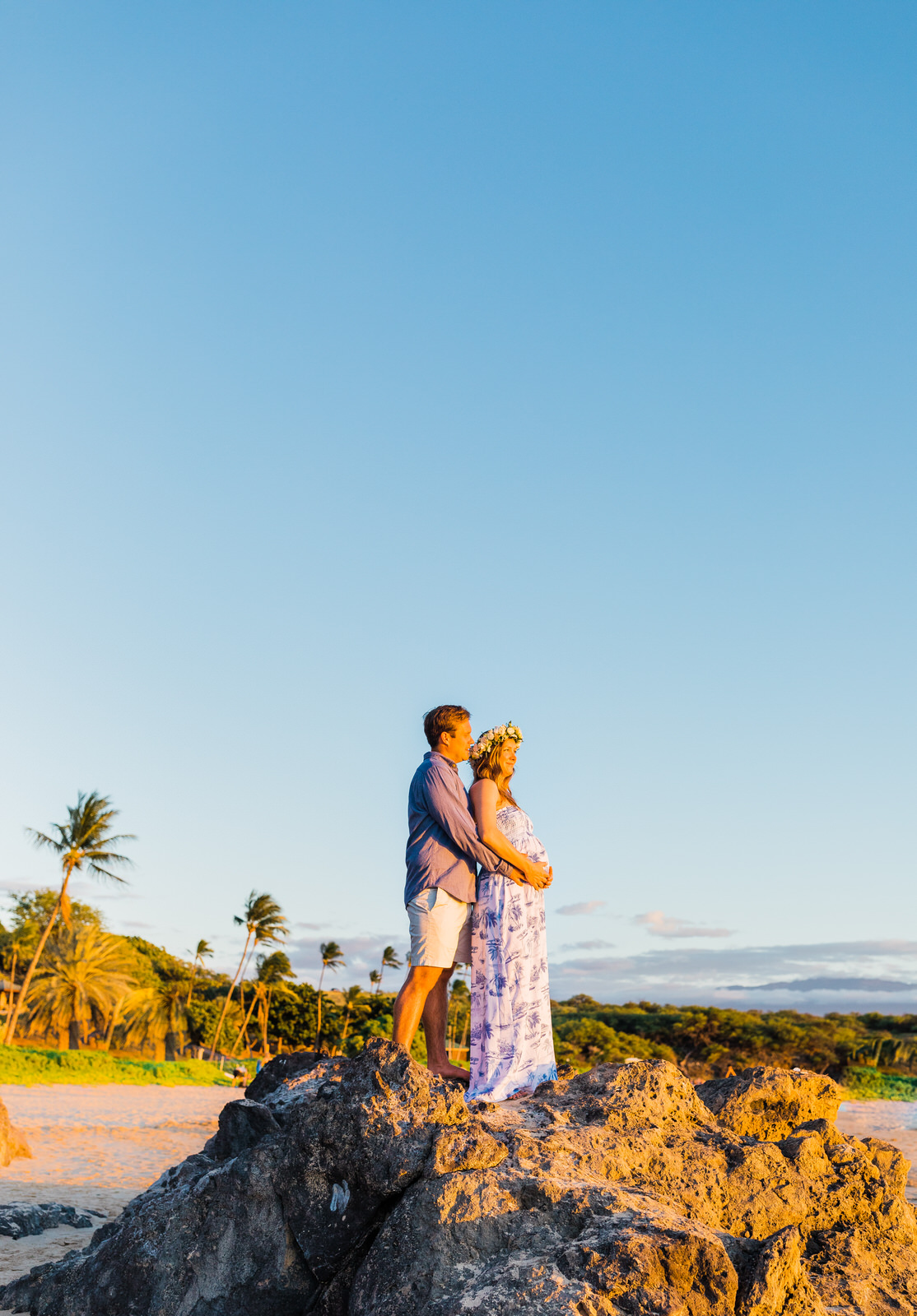 maternity-hawaii-big-island-photography-couple-babymoon-sunset-hapuna-waikoloa-4412.jpg