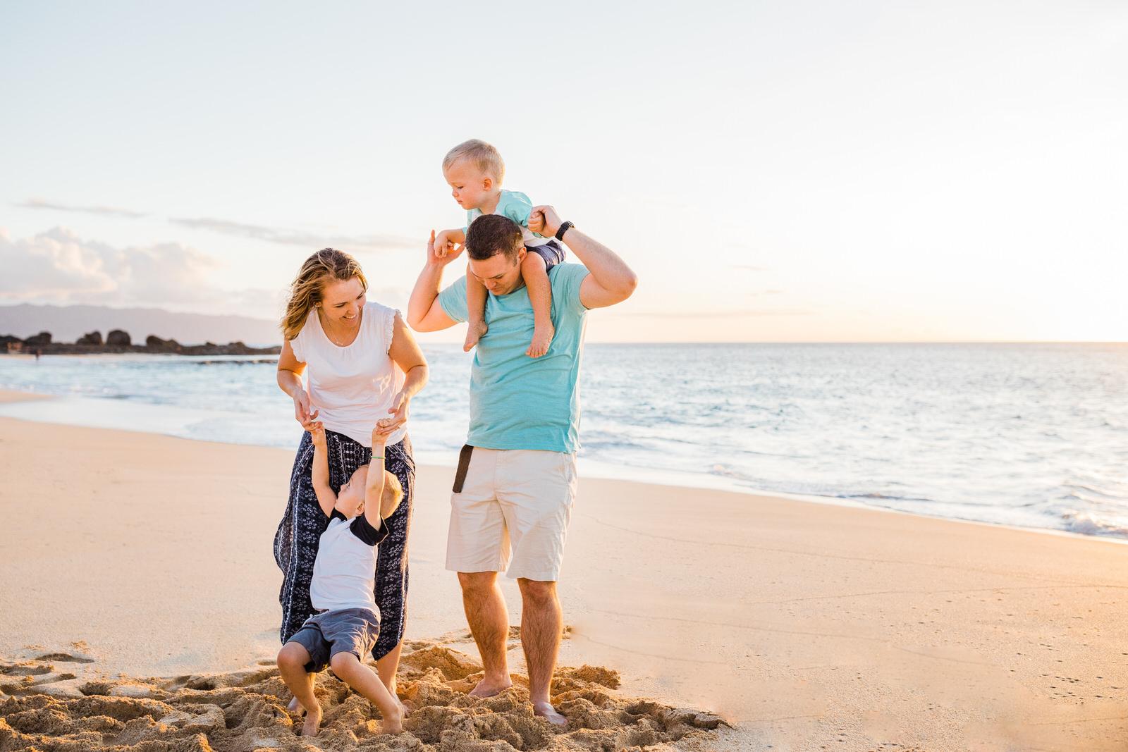 extended-family-big-island-vacation-cousins-grandparents-beach-waikoloa-sunset-hawaii-7187.jpg