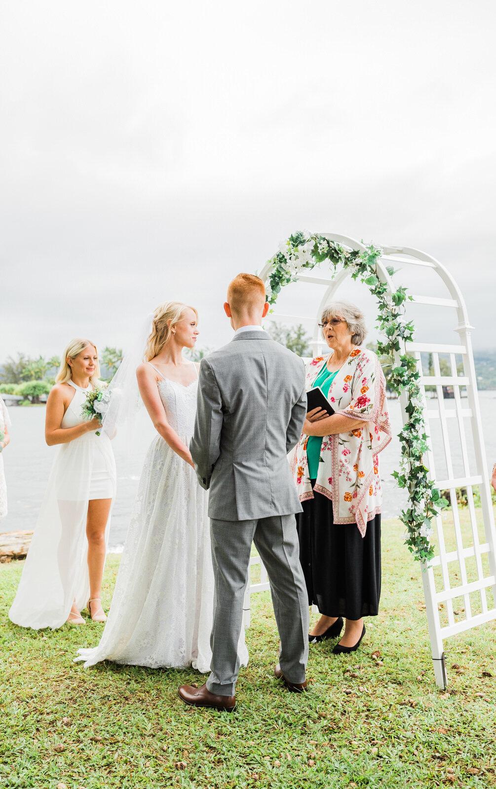small-wedding-hawaii-destination-hilton-coconut-island-9690.jpg