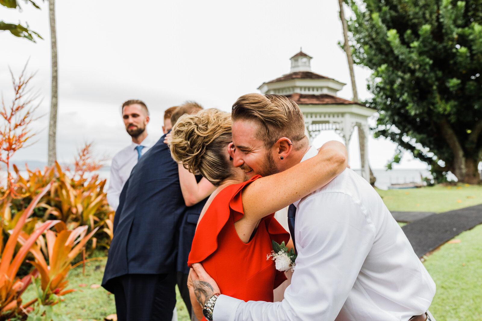 small-wedding-hawaii-destination-hilton-coconut-island-9848-1.jpg