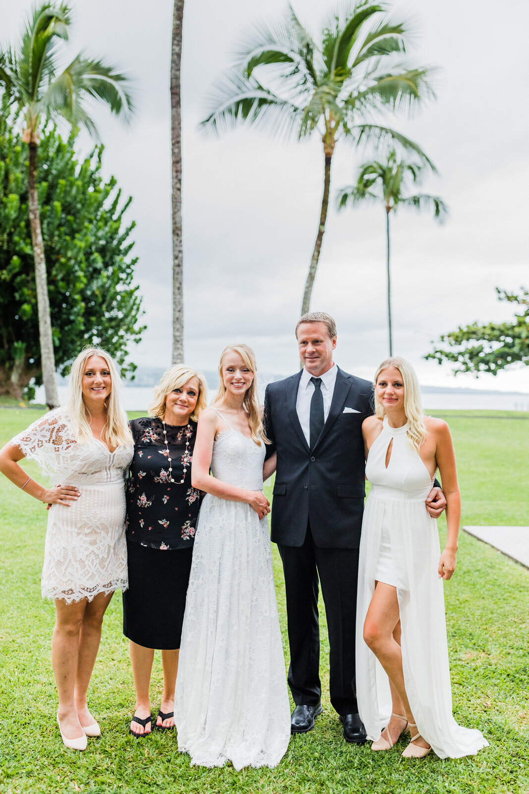 small-wedding-hawaii-destination-hilton-coconut-island-0313.jpg