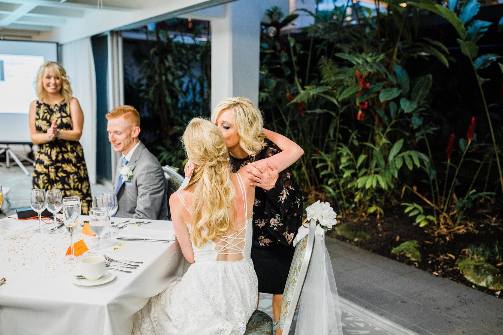 small-wedding-hawaii-destination-hilton-coconut-island-0464.jpg