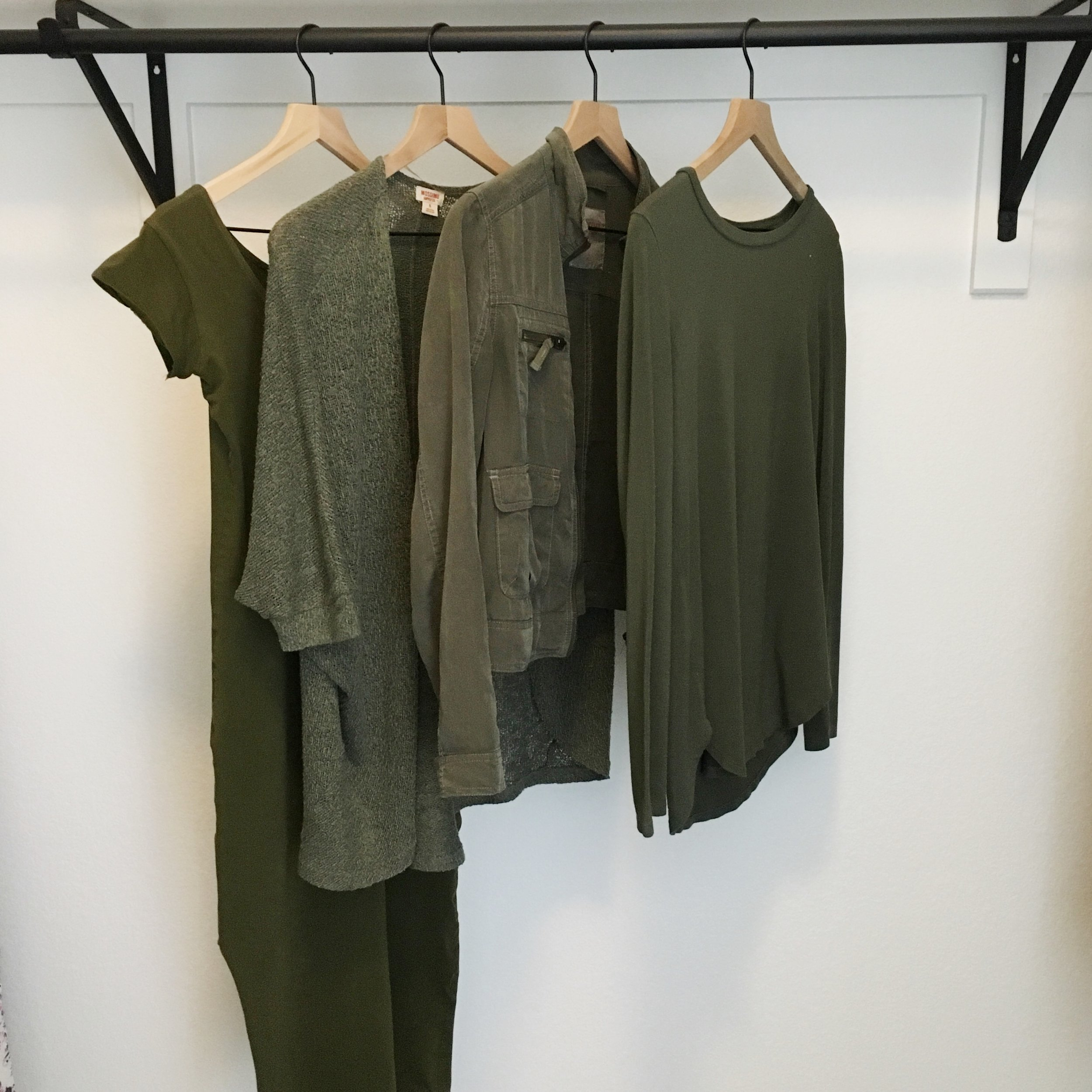 Ethical fashion in capsule wardrobe; coordinating colors