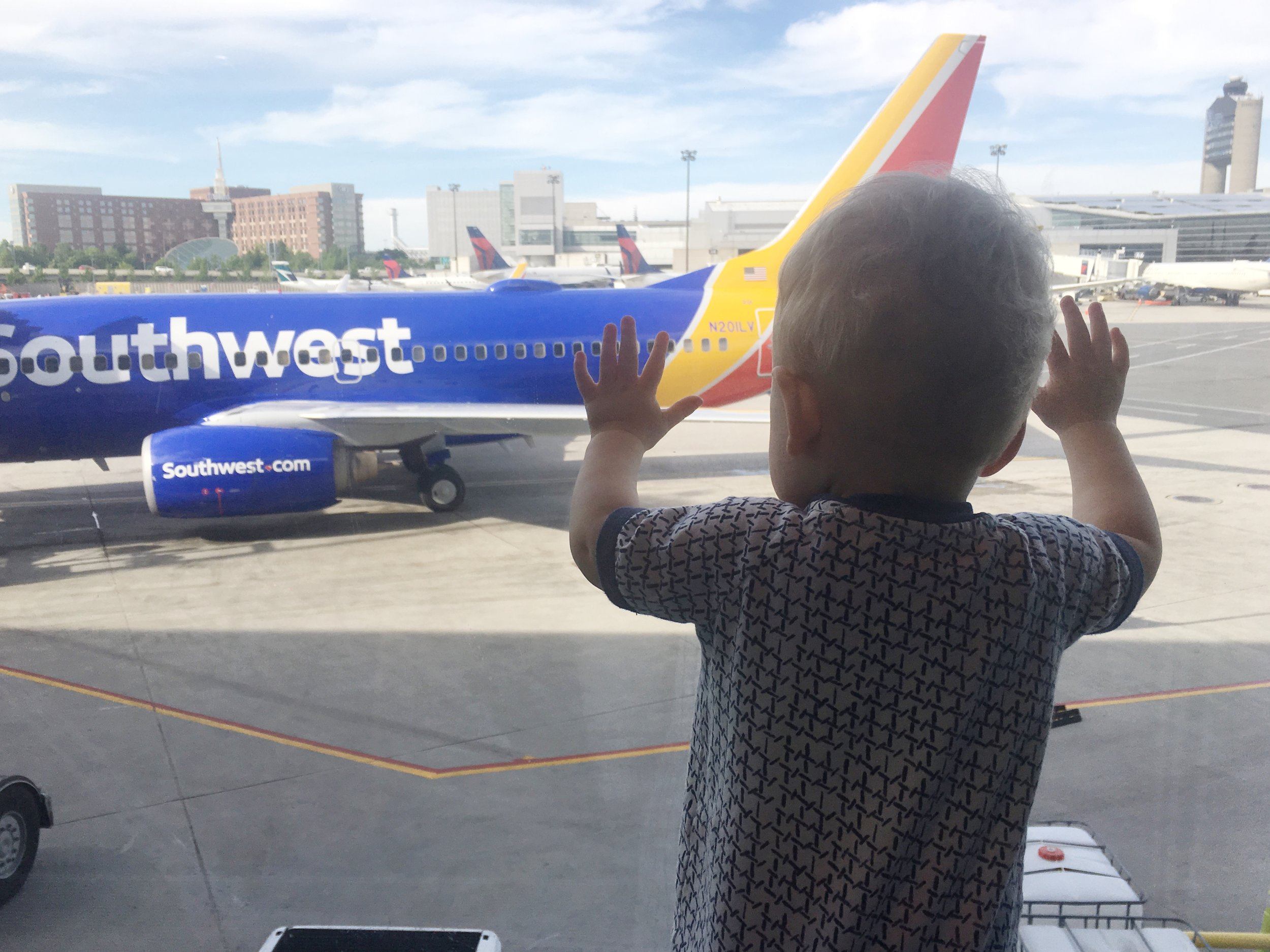 Adventures with Southwest Airlines-Traveling with a Baby or Kids